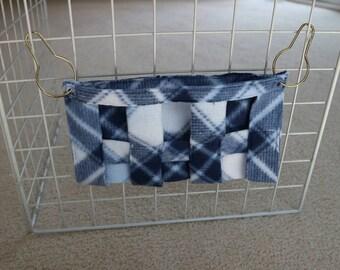 "Fleece Hay Rack Blue White Plaid 9x5"""