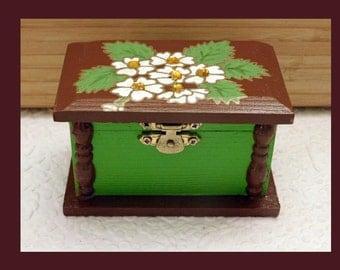 Wood Trinket Box, Hand Painted Box, Jewelry Holder, Keepsake Box, Wood Jewelry Box, Unique Gift, Jewelry Organizer, Floral Jewelry Box