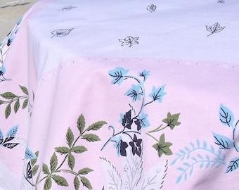 Vintage Mid Century Tablecloth LAVENDER Pink Cotton 48 x 65