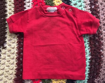 Vintage 70s Health-Tex red baby tshirt size 6-9 months