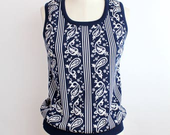 Vintage 1970s Mod Shell Top | Paisley Print Sleeveless Tank Top | M