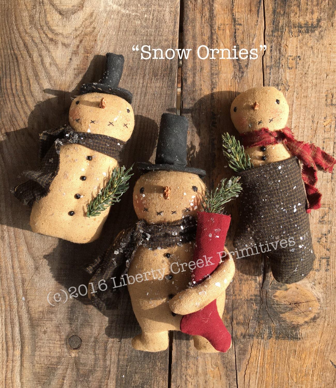 Primitive snow ornies pattern snowmen for Free primitive craft patterns