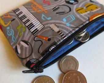 Coin purse in musical print