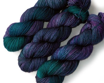 NEW Polwarth Sock Yarn Handdyed, Victorian