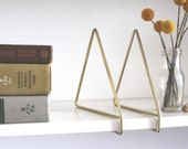 vintage brass book ends. geometric and minimalist triangles. set of 2. shelf. desk. office. library.