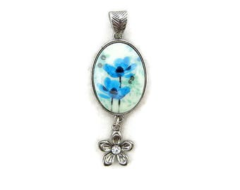 Antique Silver-tone Oval Blue Flower Pendant with Flower Drop and Decorative Bail
