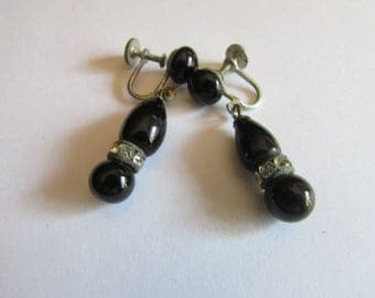 glass black jet dangles