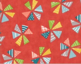 MODA Mixed Bag 2017 33200 14 Pinwheels Cheery Red Studio M