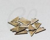 4 Pieces Antique Brass Triangle Charm - Geometry - 15.7x9mm (3079C-O-360)