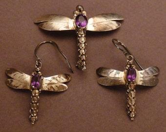 Sterling Dragonflies Parure  Brooch and Earrings pierced Amethyst hanging pin 1 3/8x 1 3/4 in earrings app 1x1 in