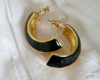 Half Hoop Earrings, Vintage 1980s black and gold crescent, pierced post vintage fashion costume jewelry