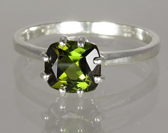 Natural Sparkly Green Tourmaline 1.29 carats Handset in .925 Sterling Silver Ring  -  Fast Free Shipping with gift wrap