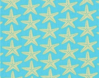 214999 turquoise with light chartreuse starfish fabric Timeless Treasures