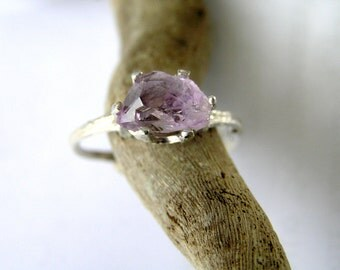 budding twig sterling silver ring with natural raw amethyst. Contemporary engagement ring. Botanical jewelry.