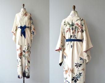 Debushō silk kimono | vintage 1950s silk kimono | antique silk floral japanese kimono