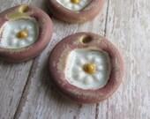 Golden Raspberry Fresh Posie, White Daisy Pendant, Art Bead, Handcrafted Pendant, ClassicBead, Classic Bead, tracee