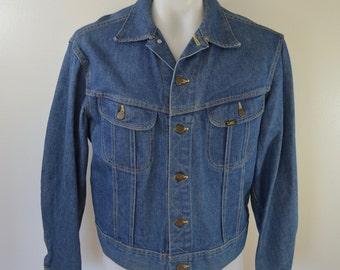 on sale Vintage LEE RIDERS Denim Jean Jacket coat union made usa 2 pocket trucker lee set