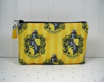 Hufflepuff Zipper Pouch with Tassel, Hufflepuff House Pouch, Harry Potter Pouch, Hogwarts House Pouch