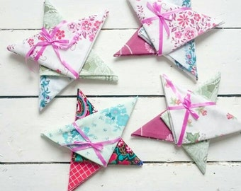 Vintage Fabric Christmas Stars - Mini Collection of 3 fabrics - Christmas Winter Holiday Craft Projects Stocking Filler - Set of Fat Quarter