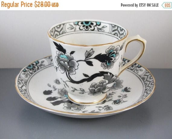 SPRING CLEANING SALE Vintage hand decorated scalloped edge Tuscan Fine English Bone China demitasse cup and saucer / tea / coffee / made in