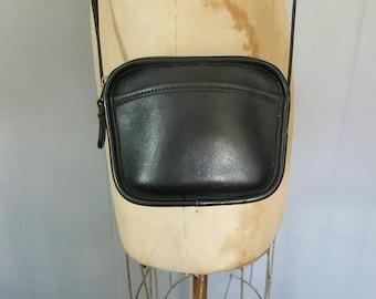 COACH Hadley Bag / black leather change small purse / 9935