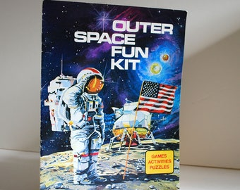 Unused Outer Space Fun Kit Vintage Book Mazes Games Puzzles NASA 1980s Coloring Activities Projects Stars Planets Illusions Kids Quaker Oats