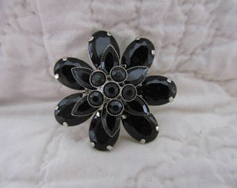 Vintage Black Glass Brooch Flower