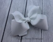 "4"" White Boutique Hair Bow-Alligator Clip"