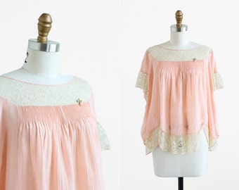 vintage 1920s blouse / 20s shirt / Pink Silk and Lace Boudoir Top