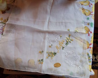 Vintage Handkerchief Hankie yellow floral Mother embrodried chic mint