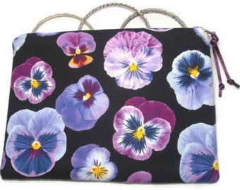 Padded Zipper Cosmetic Pouch in Pansy Persuasion Print