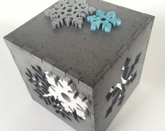 "Winter snowflake light box - 3"""