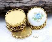 Brass Lace Edge 18mm Round Settings - 8