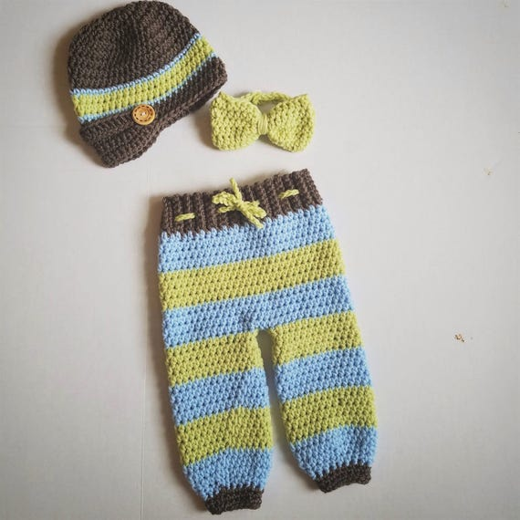Boys Newborn Photo Outfit, Newborn Boys Take Home Outfit, Newborn Boys Bow Tie Outfit, Newborn Newsboy Hat Outfit, Boy Newborn Pants and Hat