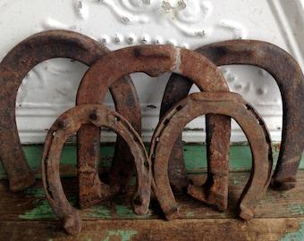 Lot of 5 vintage cast iron horse shoes primitive rustic western decor