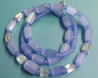 Lovely vintage 1940s graduated almost translucent light blue tube-formed glass bead necklace with silvercolor metal spring ring clasp