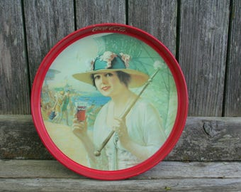 Girls At The Sea shore 1987 Coca Cola Round Serving Tray