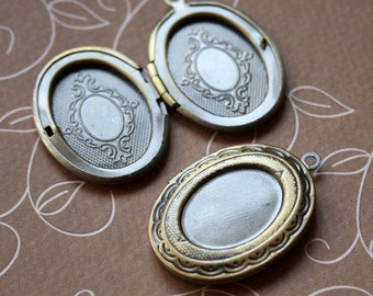 free shipping in UK - Pack of 2 – Brass Locket Pendant with Base