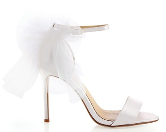 Tulle Bow Strappy Ivory Wedding Shoes.  Classic and Simple Nude Wedding Heels with Bows