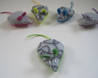 1 Mouse Cat Toy - Pink, Green, Blue, Purple or Yellow - Cat Toy Filled with Organic Catnip