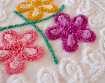 """Vintage Chenille white chenille with flowers, curlicues, one heart, 16"""" x 23"""" - 400-103"""