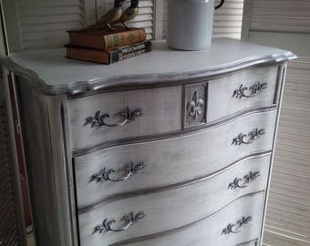 DRESSER Shabby Cottage Vintage Bow Front Highboy in Shabby French White Chest of Drawers Fleur d'Lis Poppy Cottage Painted Furniture
