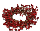 5 Feet Wired Christmas Berry Garland - Odd Floral, Floral Accent