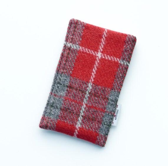 SALE - iPhone 6 or 7 HARRIS TWEED slip cover