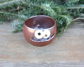 Baking Pottery Cookware. Cinnamon Red. Egg Separator. Kitchen Accessory