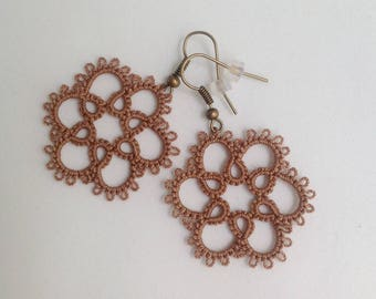 Flower Lace Earrings, Flower Earrings, Tatted Earrings, Lace Earrings, Tatting Earrings, Floral Lace Earrings