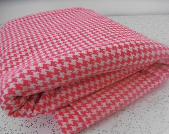 pink and white houndstooth check...vintage knit fabric yardage