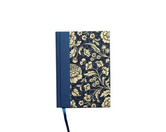 small blue Day Planner 2018, floral Daily Planner, A6 Calendar Book