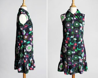 Vintage 1960s Ruffle Shift Dress - Black Green Purple Pink Flowers Floral Collar Sleeveless 70s 60s Hippie Women's Summer - Size Small