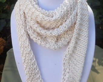Hand Knit fall scarf -Triangle scarf - Hand Knit off white Scarf- Hand Knit scarf - Women's scarf - scarve